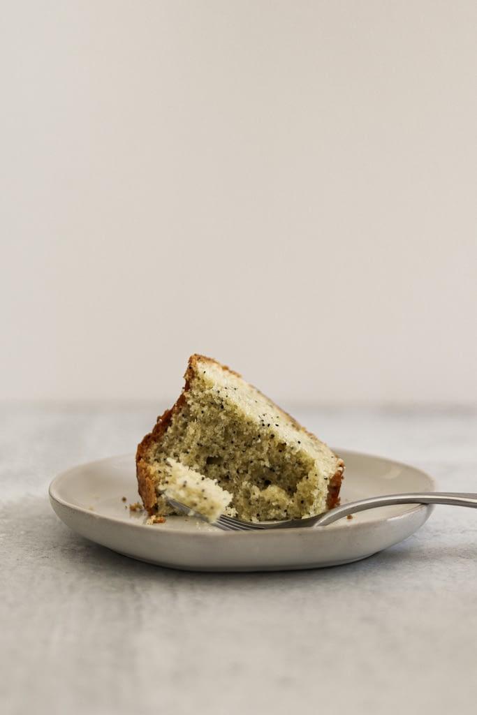 Poppy-Almond-Cake-Claire-Saffitz